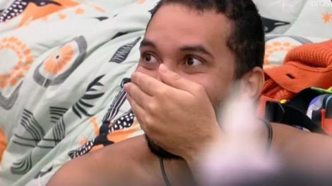 Gil e Juliette tiveram uma conversa íntima após a festa no BBB (Foto: Reprodução/ TV Globo)