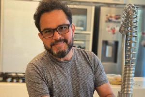 Luciano Camargo revela trecho de nova música solo (Foto: Reprodução/Instagram)