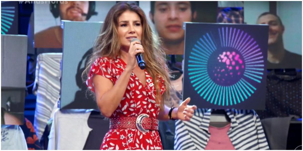 Paula Fernandes comemorou sucesso de canção (Foto: Reprodução)