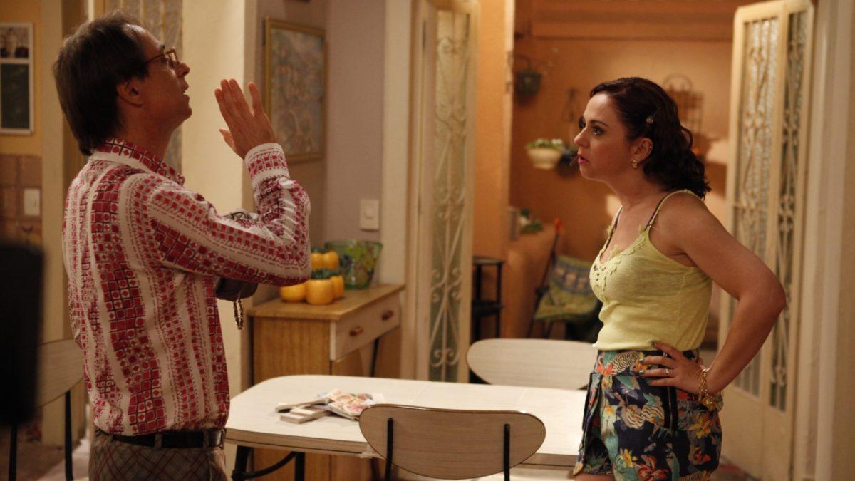 Pedro Cardoso e Guta Stresser em A Grande Família (Foto: Reprodução/ Globo)