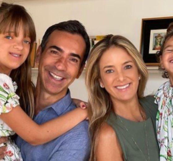 Ticiane Pinheiro comemorou o dia das mães ao lado da família (Foto: Reprodução)