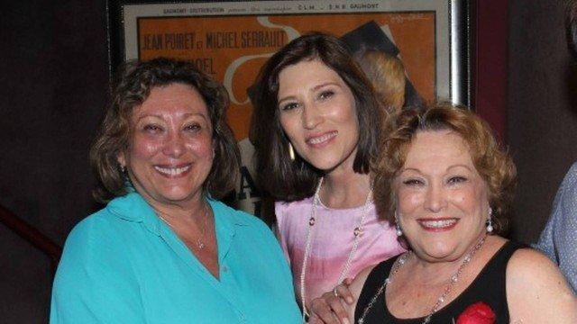 Beth Goulart com a irmã, Bárbara Bruno, e a mãe, Nicette Bruno (Foto: Reprodução)